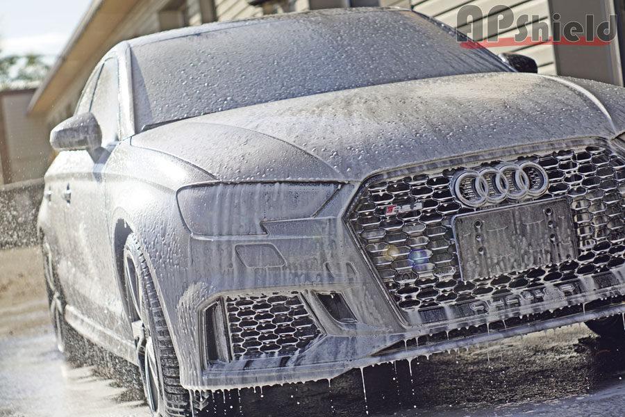 Gray Audi RS3